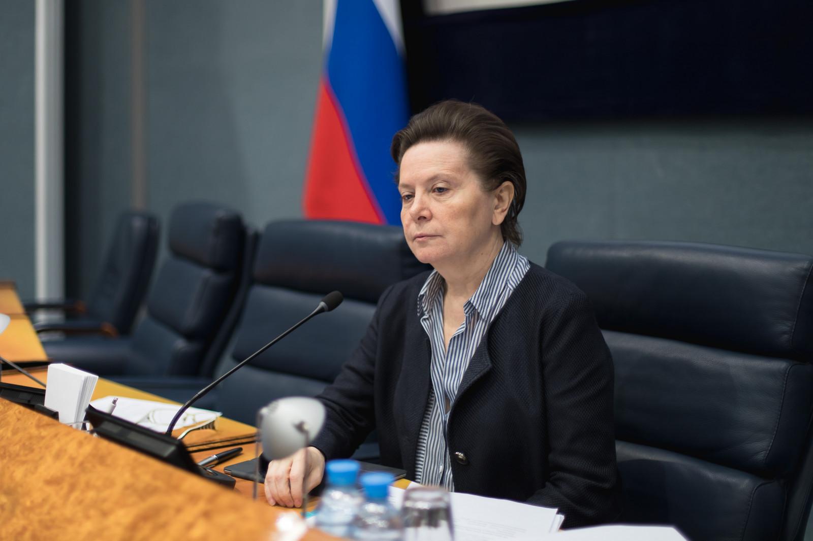 Решением губернатора Югры Натальи Комаровой в Югорске и Советском со 2 по 23 июля 2021 года введен режим обязательной самоизоляции для всех граждан за исключением прошедших вакцинацию от COVID-19.