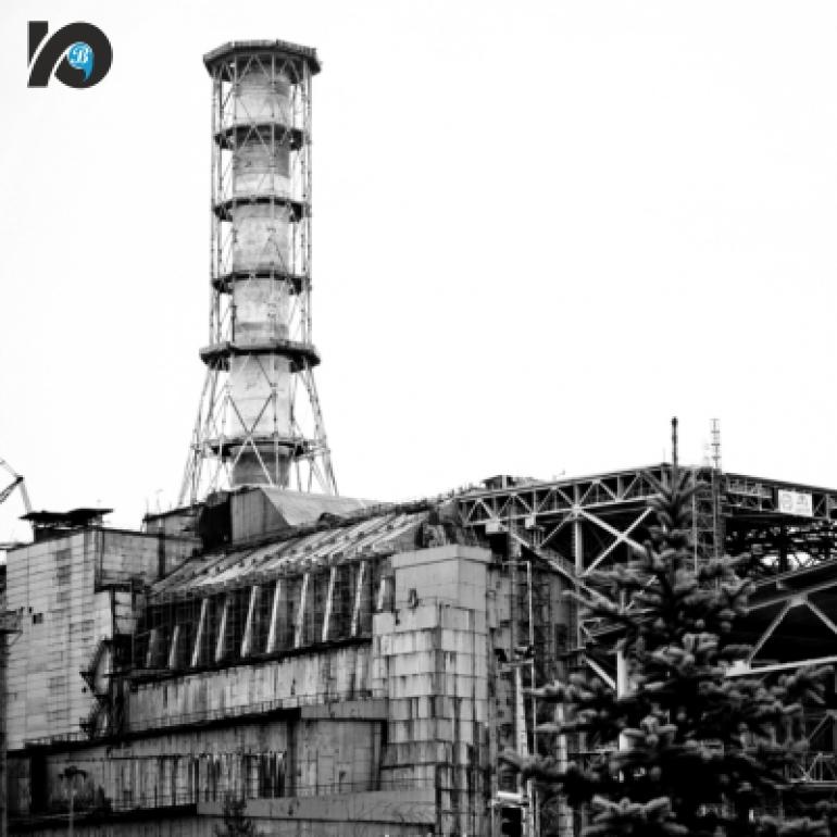 Исполнилось 35 лет со дня аварии на Чернобыльской АЭС. В 1 час 23 минуты в субботу 26 апреля 1986 года на 4-м энергоблоке Чернобыльской атомной электростанции раздался взрыв. Реактор оказался полностью разрушен, здание энергоблока частично обвалилось, помещения и крышу охватил пожар... В результате аварии в окружающую среду произошел значительный выброс радиоактивных веществ.
