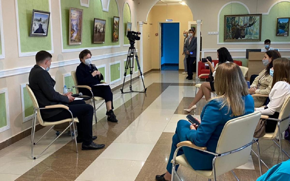 Губернатор Югры Наталья Комарова ответила на вопросы журналистов Советского и Югорска