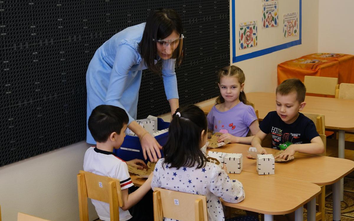 Детсады, школы и больницы Югры начнут отапливать с 1 сентября