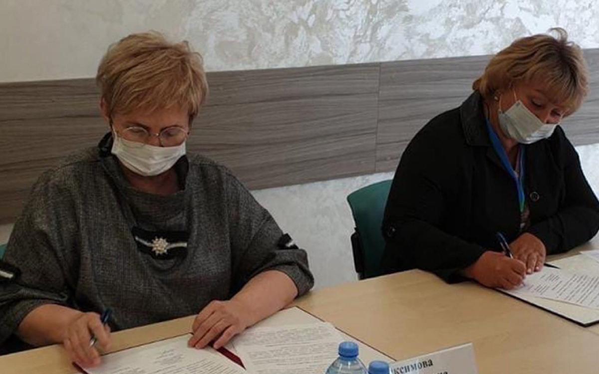 В Югре подписали соглашение об общественном наблюдении на выборах в местах принудительного содержания
