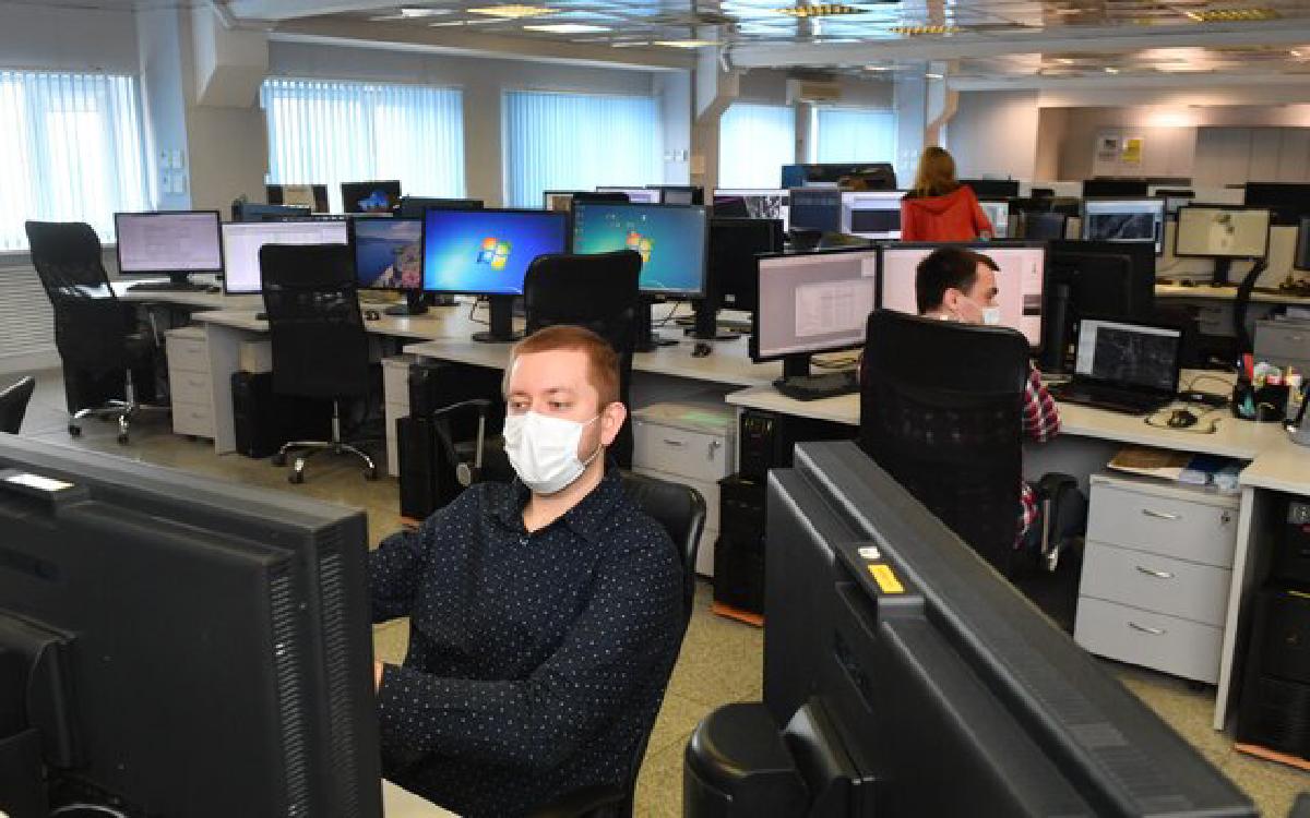 Профсоюзы назвали главное условие введения четырехдневной рабочей недели