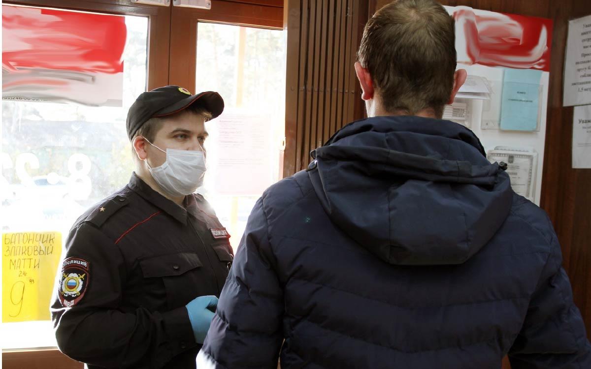 Рейдовые мероприятия по противодействию распространения COVID-19 продолжаются в Советском районе