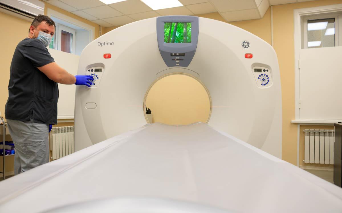 4277 исследований на новом аппарате МРТ провели в Югорске