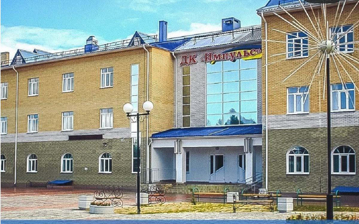 Поздравление главы Советского района Игоря Набатова с 60-летием городского поселения Пионерский