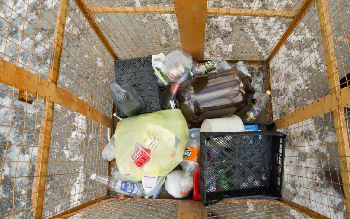 В Югре обсудили экологические инициативы по сбору и переработке отходов