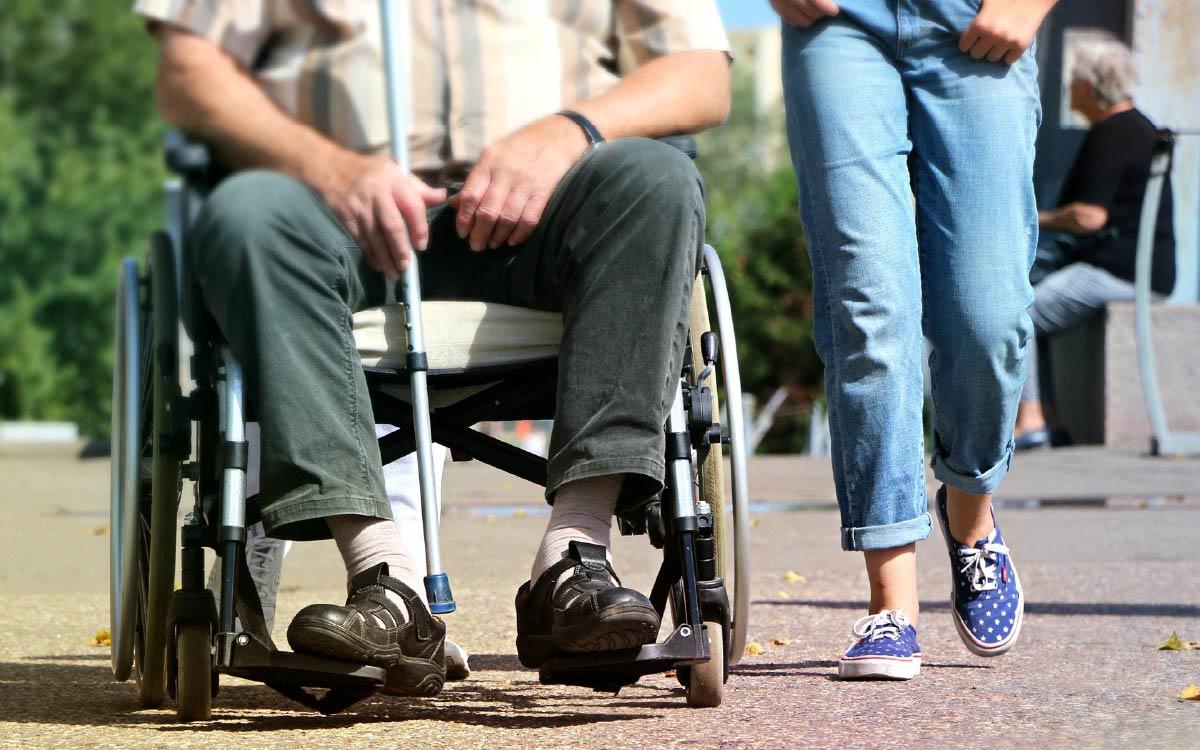 В Югре появятся приемные семьи для инвалидов
