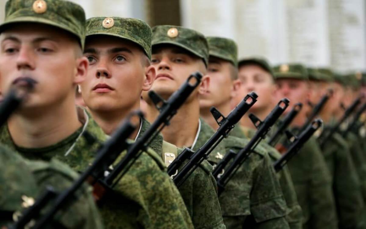 В период с 01 октября по 31 декабря 2021 года и с 01 апреля по 15 июля 2022 года в военном комиссариате Советского района ХМАО-Югры проводятся мероприятия, связанные с призывом граждан на военную службу