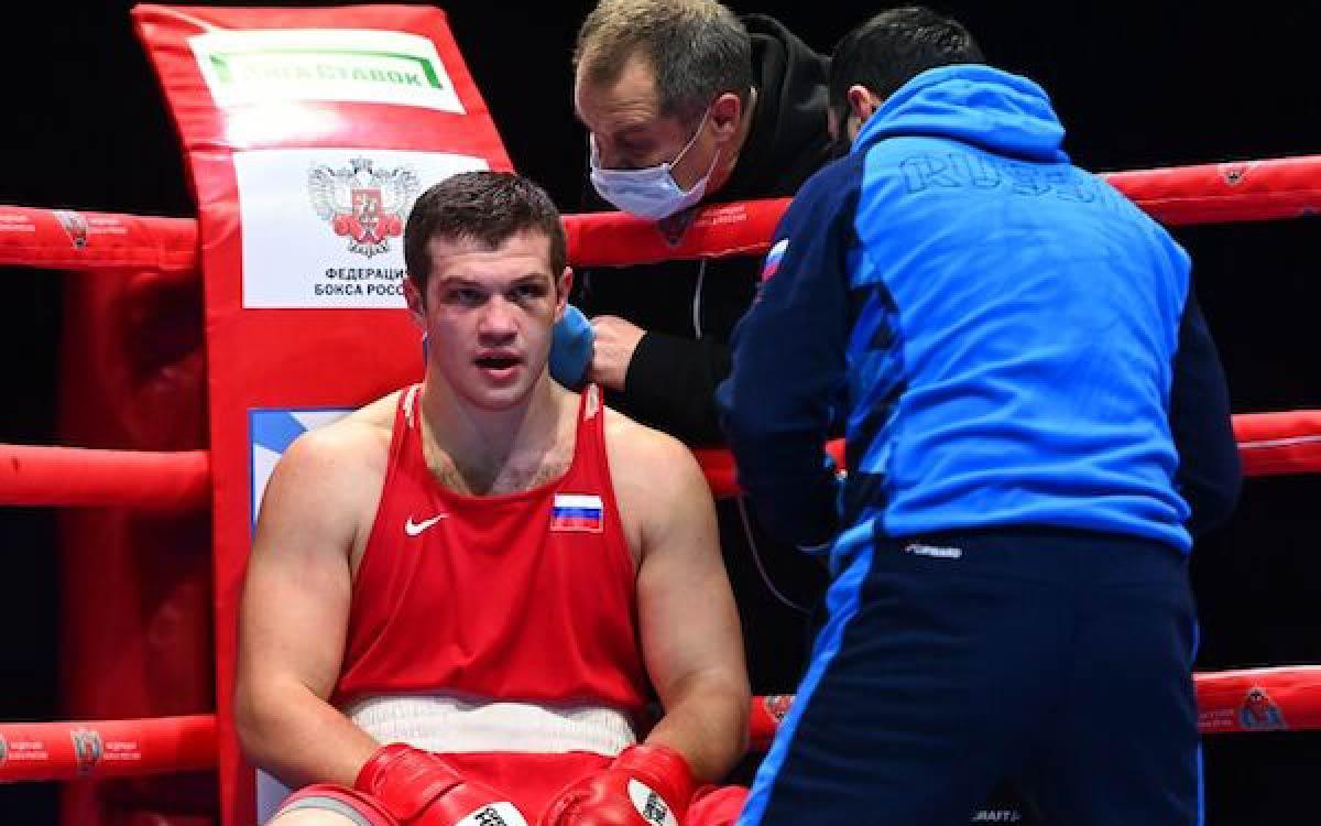 Югорчанин Ярослав Дороничев – призер Чемпионата России по боксу