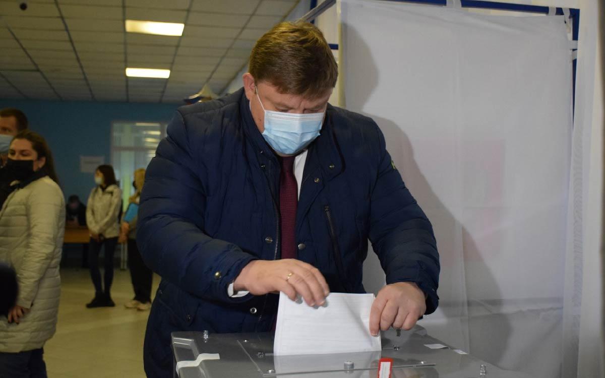 Глава Югорска Андрей Бородкин сделал свой выбор одним и первых!