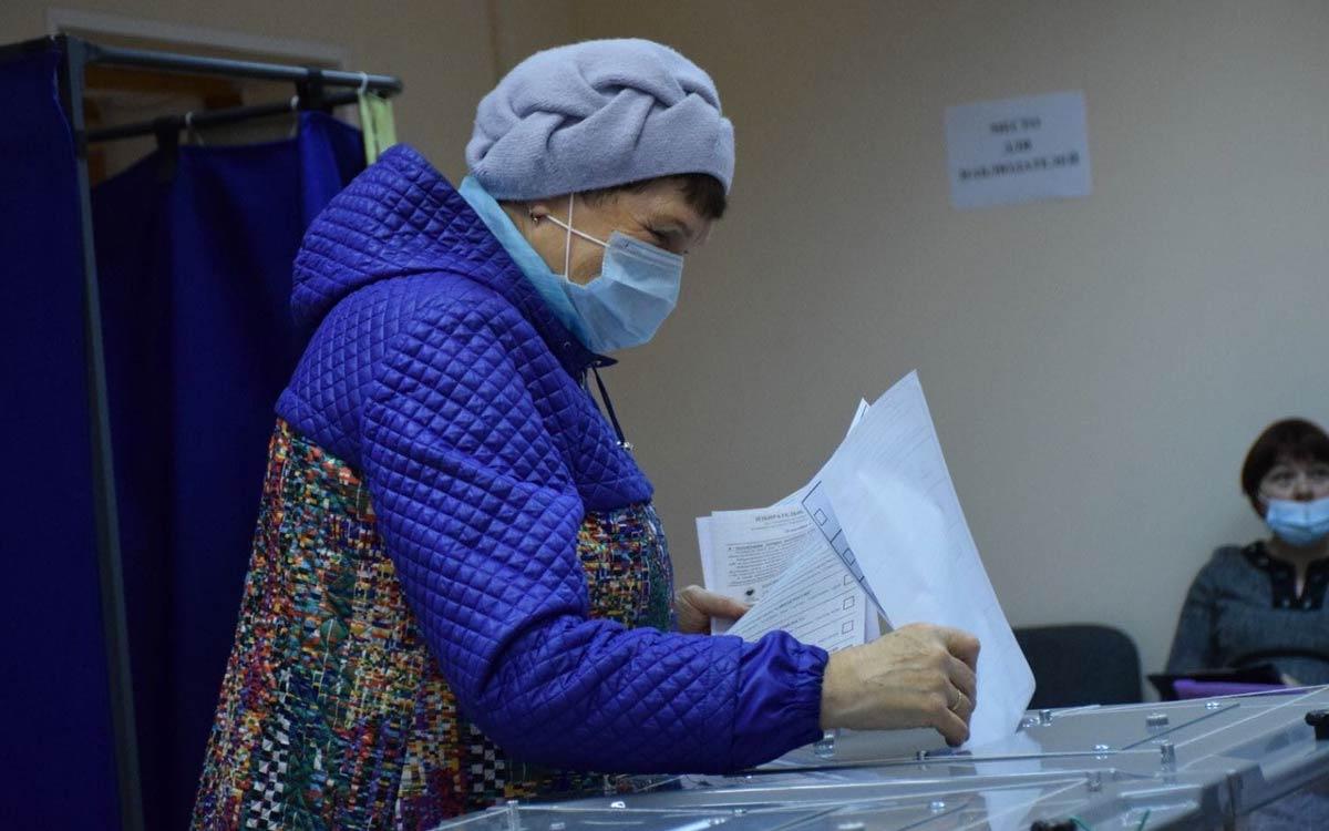 В Югорске на 18 сентября 20.00 проголосовали 10576 избирателей. Явка - 40,12% 3.