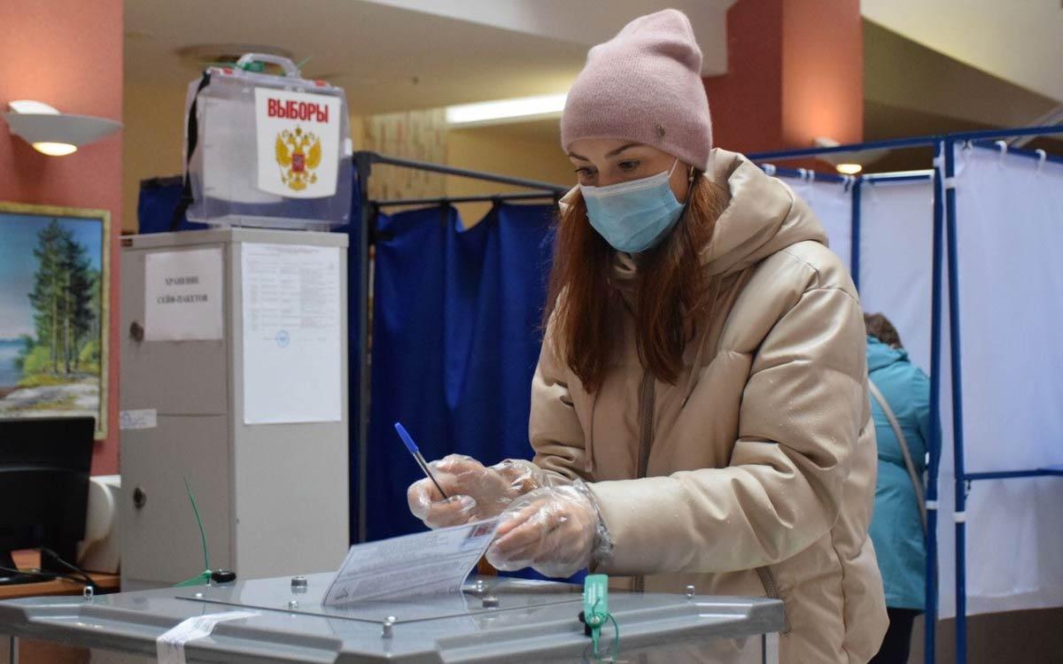 В Югорске на 18 сентября 20.00 проголосовали 10576 избирателей. Явка - 40,12%. 4