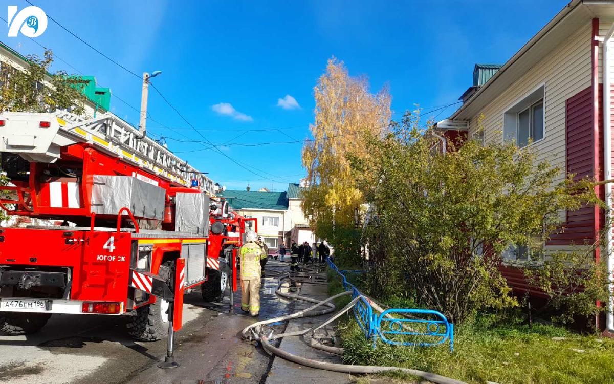В течение 20 минут пожар был локализован. Гибели и травм среди жильцов дома спасатели не допустили.